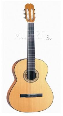 Фото HOHNER HC 16 (Гитара классическая, размер 4/4 с нейлоновыми струнами)